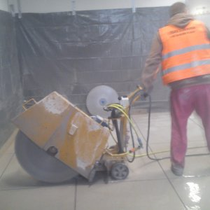 Cutting concrete and reinforced concrete with mobile diamond saws - Stalowa Wola